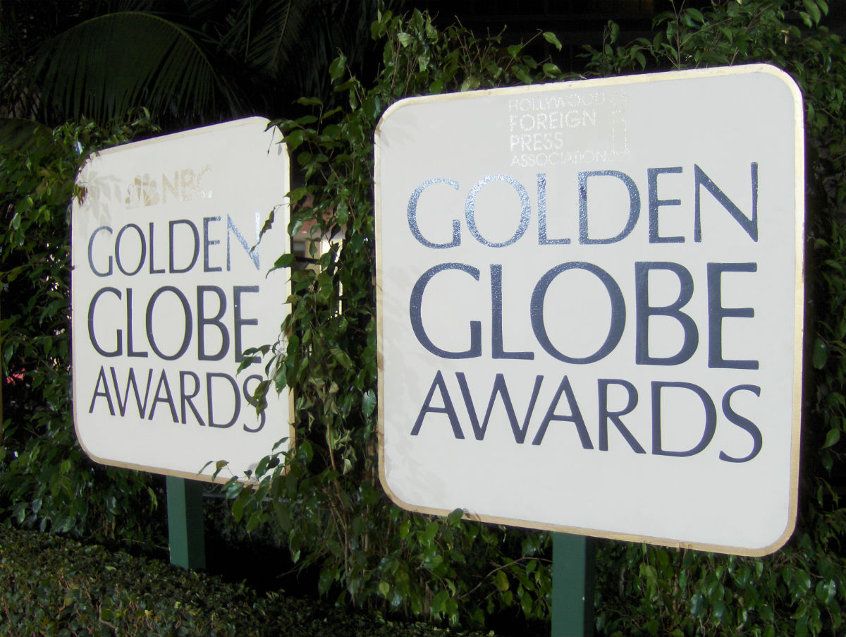 Golden Globe signs