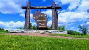 Wisconsin border sign